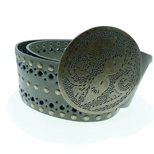 Accessories - wide belt with concho disc buckle vintage